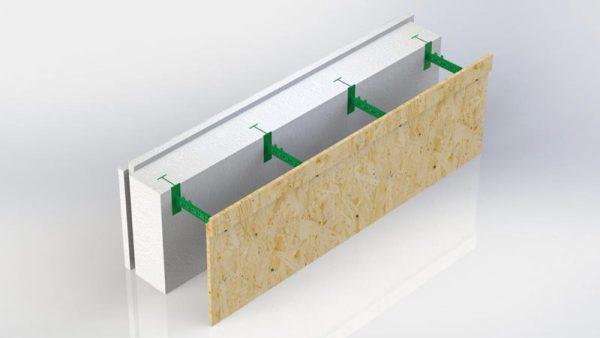 На фото: Комблок 150 к съемной опалубке. Состоит из пенопластовой панели толщиной 150 мм, панели из OSB которая приобретается отдельно и только на два ряда периметра здания и семи пластиковых регулируемых перемычек которые позволяют регулировать толщину бетонного ядра стены в диапазоне от 100 до 430 мм.
